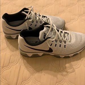 Run Easy Nike's
